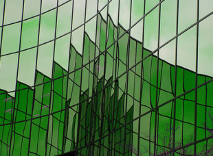 Green_Building_Reflection_310_228